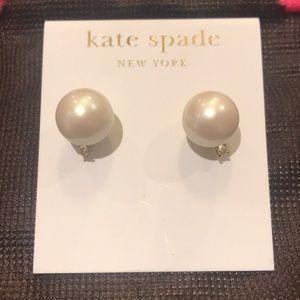 Kate Spade Metropolitan Pearl Studs